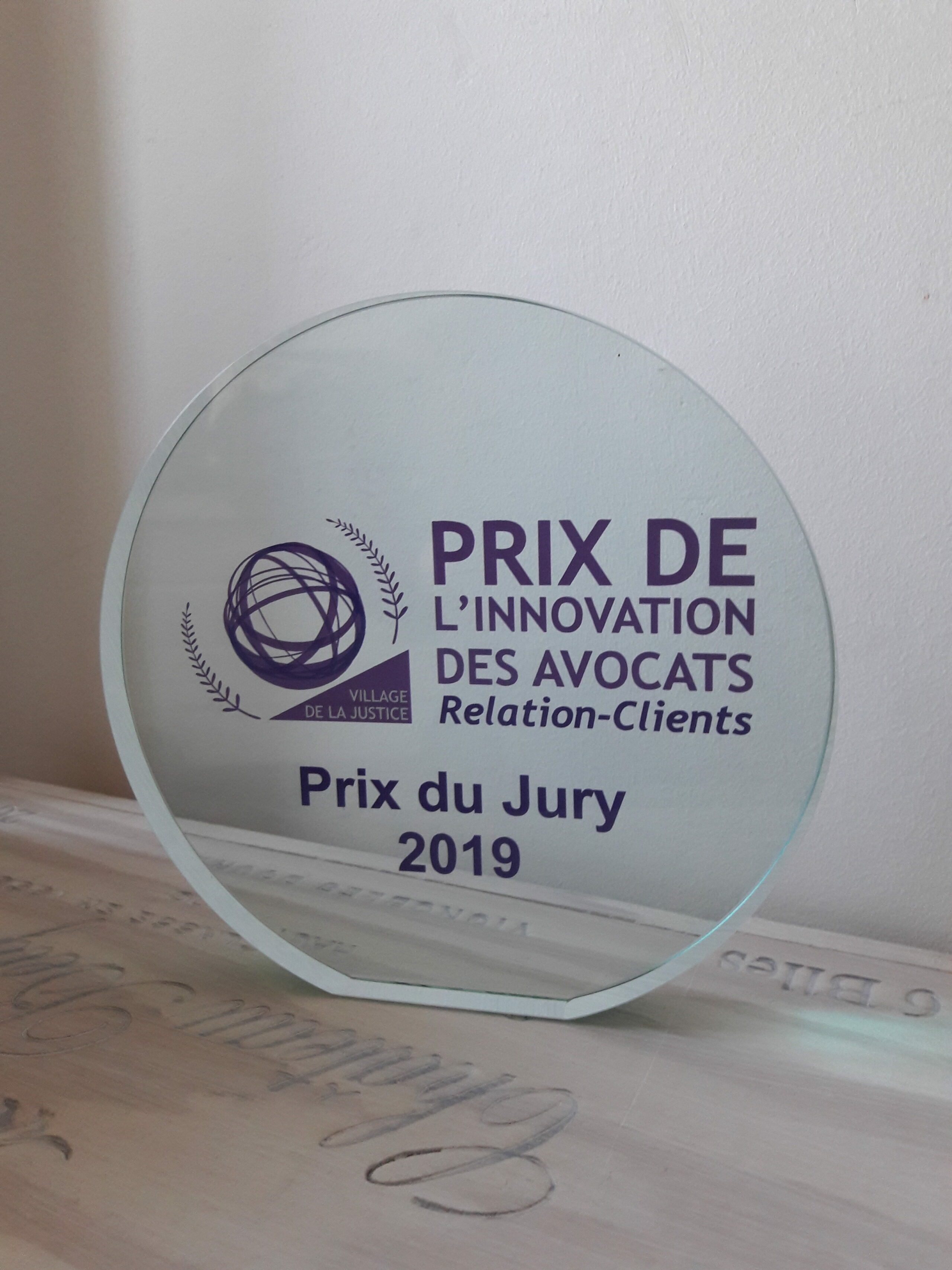 NUMETIK AVOCATS reçoit le Prix du Jury 2019 au concours de l'Innovation des Avocats en Relation-clients !